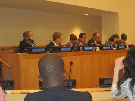 Une vue de la Table de Séance des Hauts responsables des Nations Unies